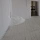 Ten pat. 2011. Instaliacijos fragmentas. Beržinis rąstas, mediena, metalas, izoliacinė juosta, druska,