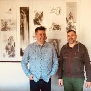 Poetai Andrius Luneckas (kairėje) ir Artūras Šilanskas, nuotr. Azijos menų centro