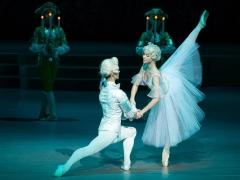 """Deividas Dulka ir Vakarė Radvilaitė balete """"Pelenė"""". M. Aleksos nuotr."""