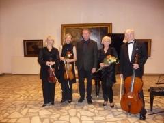 Armonų trio su naujausia muzika