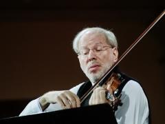 """Gidonas Kremeris su """"Kremerata Baltica"""" pagaliau Filharmonijoje"""