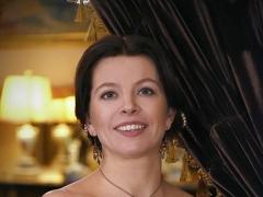 Atgimsta Claros Schumann salonas