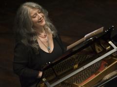 Vilniuje koncertuos pasaulį pavergusi pianistė Marta Argerich