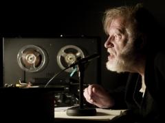 Budraitis vaidina Beckettą rusiškai