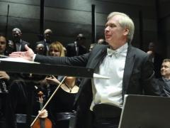 Įspūdinga devintųjų simfonijų pynė
