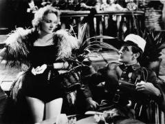 Marlene Dietrich šuolis į Holivudą