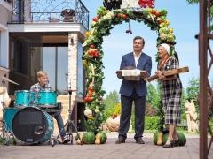 Apie vestuves lietuviškai