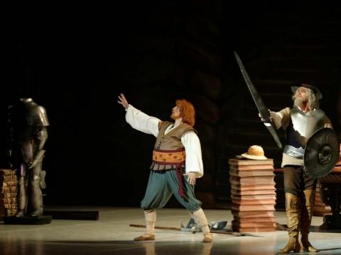 Aleksandras Molodovas (Don Kichotas), Andrius Žužžalkinas (Sanča Pansa). M. Aleksos nuotr.
