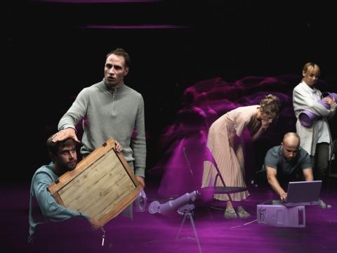 """Scena iš spektaklio """"SoDra, Mon Amour"""". D. Ališausko nuotr."""