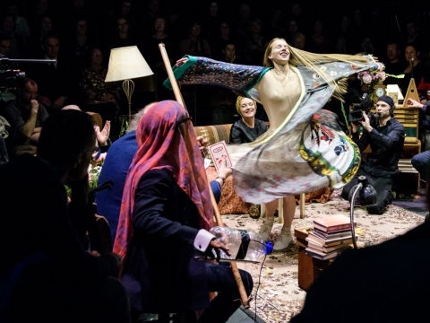 "Scena iš spektaklio ""Vyšnių sodas"". L. Vansevičienės nuotr."