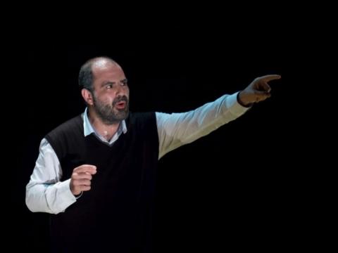"Ameras Hlehelis spektaklyje ""Taha. Poeto gyvenimas"". S. Obaido nuotr."