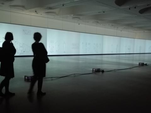 """Artūras Raila, """"Libretas Mærskui Mc-Kinney Mølleriui. Sinopsis"""", ekspozicijos vaizdas. 2016 m. S. Kovalik nuotr."""