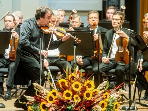 Sergejus Krylovas ir Lietuvos kamerinis orkestras. D. Matvejevo nuotr.