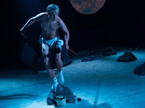 """Gediminas Rimeika spektaklyje """"Errorai"""". R. Davidonio nuotr."""
