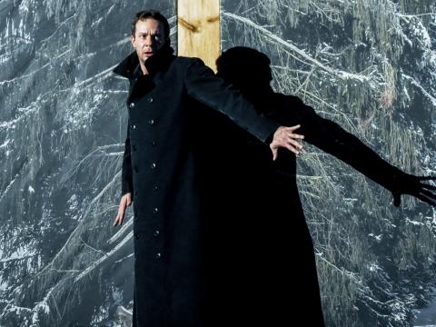 "Grzegorz Małecki (Gustavas-Konradas) spektaklyje ""Vėlinės"". D. Matvejevo nuotr."