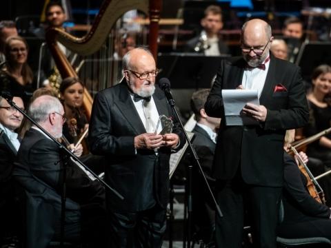 "Krzysztof Penderecki apdovanojimo ceremonijoje. ""Paradoxmedia.pl"" nuotr."