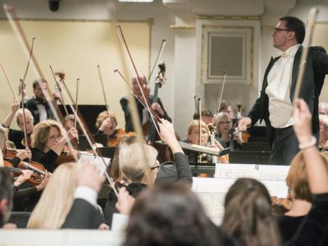 Modestas Pitrėnas ir Lietuvos nacionalinis orkestras. D. Matvejevo nuotr.