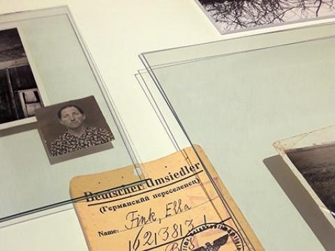 """Vilmos Samulionytės paroda """"Liebe Oma, Guten Tag! arba Tylos paktas"""", nuotr. M. Valatkaitės"""