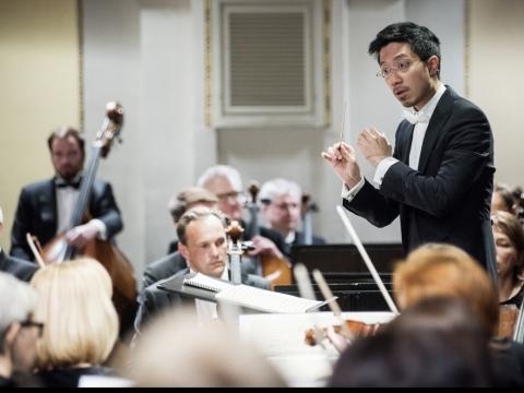 Tung-Chieh Chuangas ir Lietuvos nacionalinis simfoninis orkestras. D. Matvejevo nuotr.