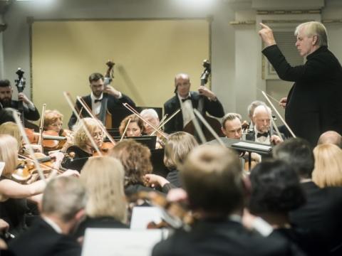 Gintaras Rinkevičius ir Nacionalinis simfoninis orkestras. D. Matvejevo nuotr.