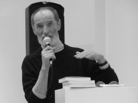 """Alfonsas Andriuškevičius knygos pristatyme VDA """"Titanike"""". G. Jucevičiaus nuotr."""