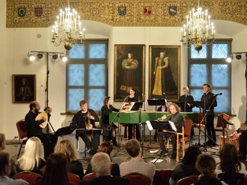 "Koncerto ""Dvi Habsburgų moterys – Elžbieta ir Kotryna"" akimirka. V. Abramausko nuotr."