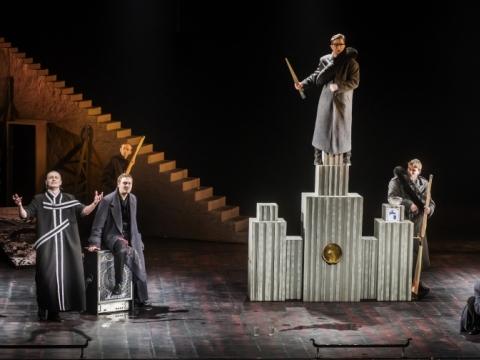 "Scena iš spektaklio ""Borisas Godunovas"""