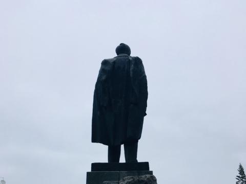 Juozas Mikėnas, Petro Cvirkos paminklas