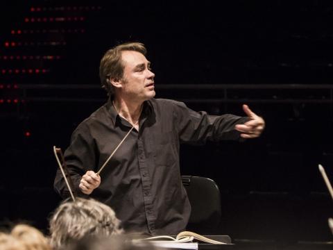 Dirigentas Olivier Holt. Organizatorių nuotr.