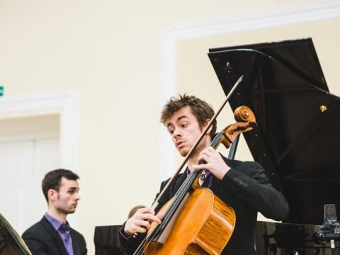 Alexis Gournelis (fortepijonas) ir Camille'is Fonteneau (violončelė) iš Prancūzijos. M. Endriuškos nuotr.