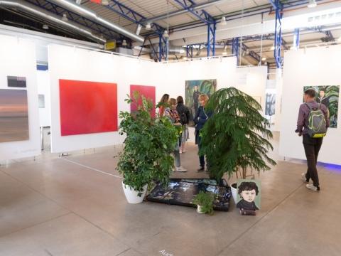 Galerijos stendas meno mugėje ArtVilnius19. R. Šeškaičio nuotr.