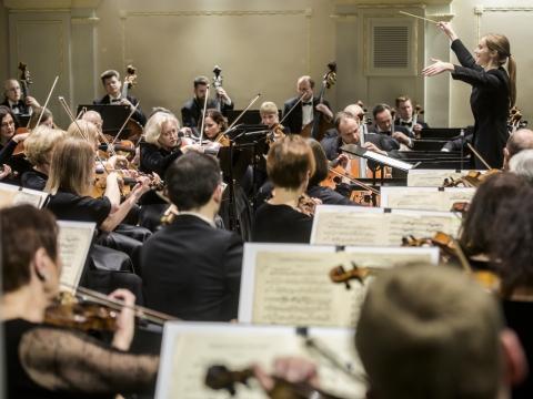 Giedrė Šlekytė ir Lietuvos nacionalinis simfoninis orkestras. D. Matvejevo nuotr.