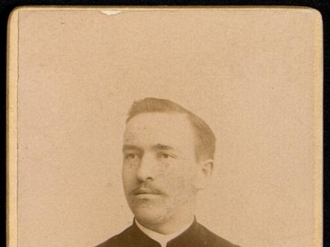 Jurij Šlapelis. Nuotrauka iš studento bylos, kuri saugoma Maskvos centriniame istorijos archyve