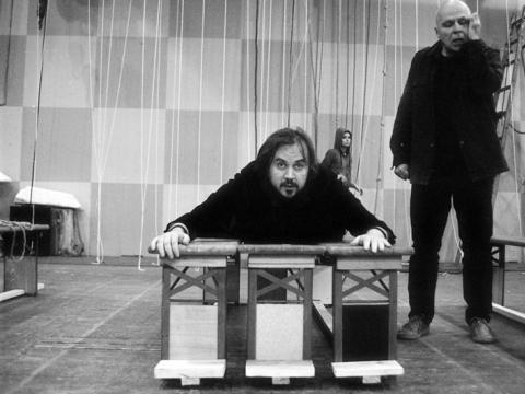 """Oskaras Koršunovas ir Vytautas Anužis """"Katedros"""" repeticijoje. T. Ivanausko nuotr."""