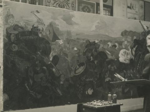 Kazys Varnelis prie tapomos batalines kompozicijos Kauno meno mokykloje, 4 dešimtmetis