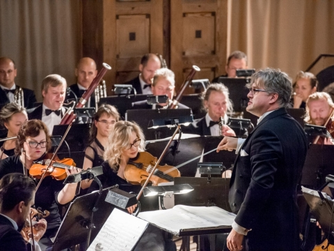 Klaipėdos muzikinio teatro orkestras, dirigentas Tomas Ambrozaitis. O. Kasabovos nuotr.