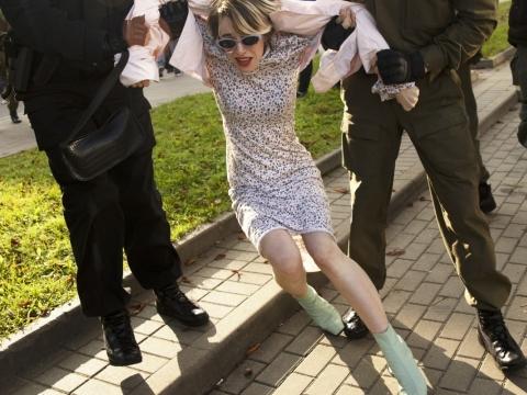 """Irina Arеchouskaja, """"Sulaikymai moterų marše Minske"""""""
