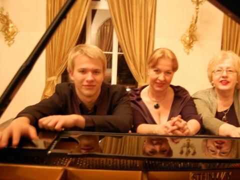 Pianistų dinastija: Paulius Anderson, Aleksandra Žvirblytė, Veronika Vitaitė
