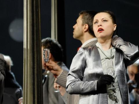 "Sandra Janušaitė (Tatjana) operoje ""Eugenijus Oneginas"". M. Aleksos nuotr."