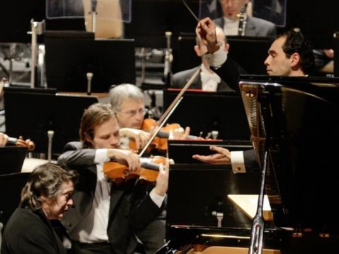 Pianistė Elizabeth Leonskaja, dirigentas Tuganas Sokhievas.M. Aleksos nuotr.