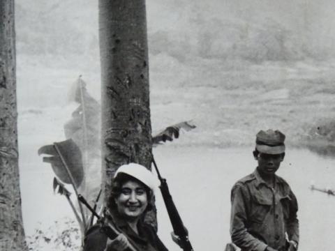 Jekaterina Vermiševa filmuojant Angoloje