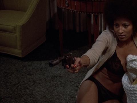 "Kadras iš filmo ""Coffy"" (rež. Jack Hill, 1973)"