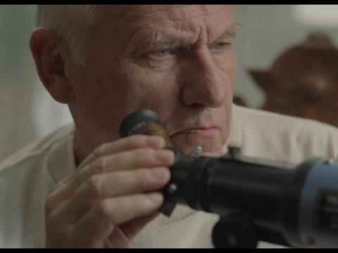 """Kadras iš filmo """"Senas šautuvas"""""""
