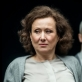 """Nelė Savičenko (Irina Arkadina) spektaklyje """"Žuvėdra"""". D. Matvejevo nuotr."""