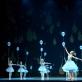 """Scena iš spektaklio """"Alisa stebuklų šalyje"""" (Neli Beliakaitės Baltijos baleto akademija). M. Aleksos nuotr."""