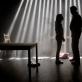 """Scena iš spektaklio """"Sparnuotosios sūpynės"""". A. Kurovo nuotr."""