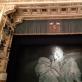 """Neapolio San Carlo teatro baleto """"Gulbių ežeras"""" uždanga su Michailo Vrubelio """"Gulbės caraitės"""" kopija. Autoriaus nuotr."""