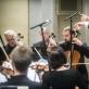 Lietuvos kamerinio orkestro muzikantai ir Vykintas Baltakas. D. Matvejevo nuotr.
