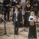 Rusnė Mataitytė, Vykintas Baltakas ir Lietuvos kamerinio orkestro muzikantai. D. Matvejevo nuotr.