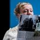 """Lisa Lucassen """"She She Pop"""" spektaklyje """"Stalčiai"""". D. Matvejevo nuotr."""